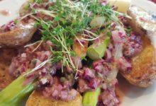 Photo of Spargel mit Kartoffeln aus dem Ofen